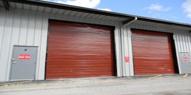 bydlení, auto, garáž