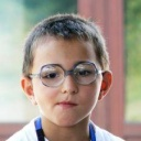 Jak koupit dětem brýle?