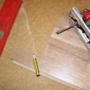 Jak vyměnit poškozenou desku ve skládací podlaze