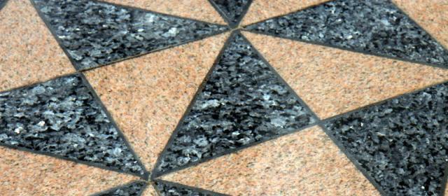 Srovnání vinylové podlahy akeramických dlaždic