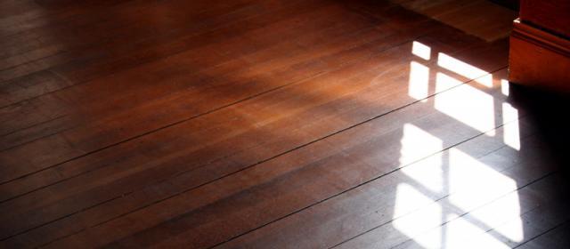 Typy, jak rychle složit skládací dřevěnou podlahu