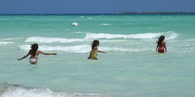 cestování, dovolená, exotika, moře, cestovní pojištění, cestovní pas