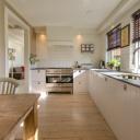Jak vybrat barvu a materiál na kuchyňskou linku?