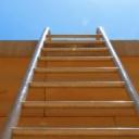 Žebříky, lešení, zdvihadla a výtahy na stavbě