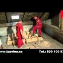 Foukaná izolace - zateplení střechy - video