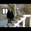 Přírodní roubené schodiště - video