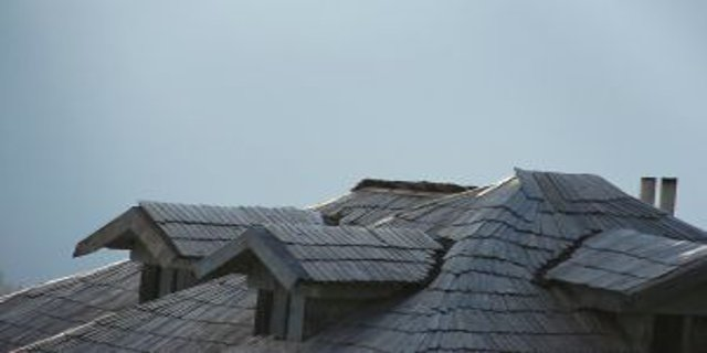 bydlení, stavba domu, střešní krytiny
