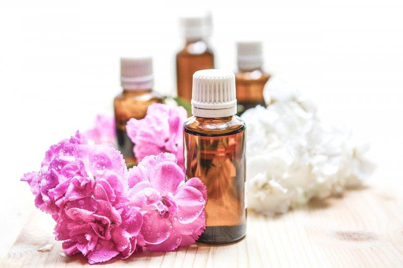 éterické oleje, přírodní kosmetika, zdraví, bylinky