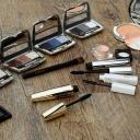 Kosmetika nesnáší dlouhé a nevhodné skladování, rozlučte se s ní včas!
