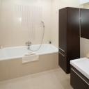 Moderní a designová koupelna často klade zvýšené požadavky na úklid