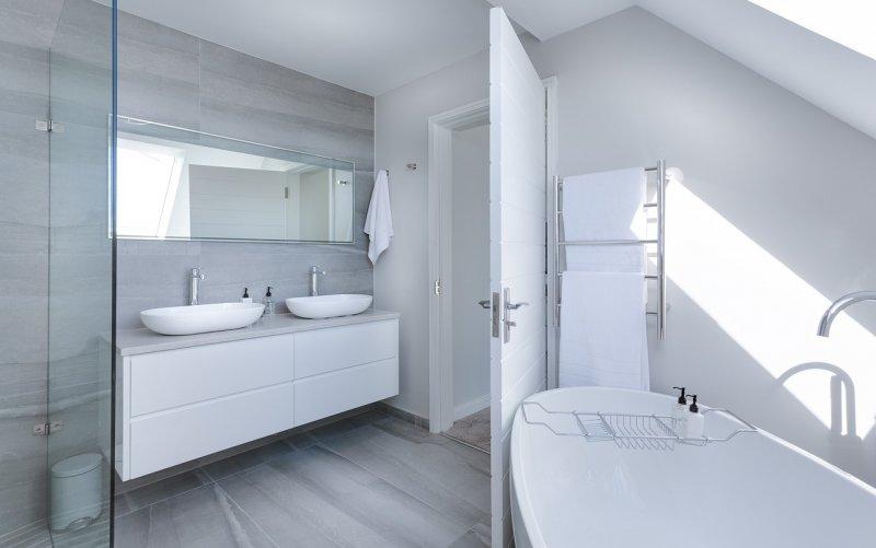 bydlení, koupelna, rekonstrukce