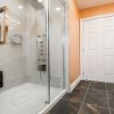 Sedátko do sprchového koutu zvyšuje komfort sprchování