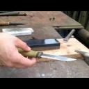 Umíte nabrousit nůž na kameni? - video