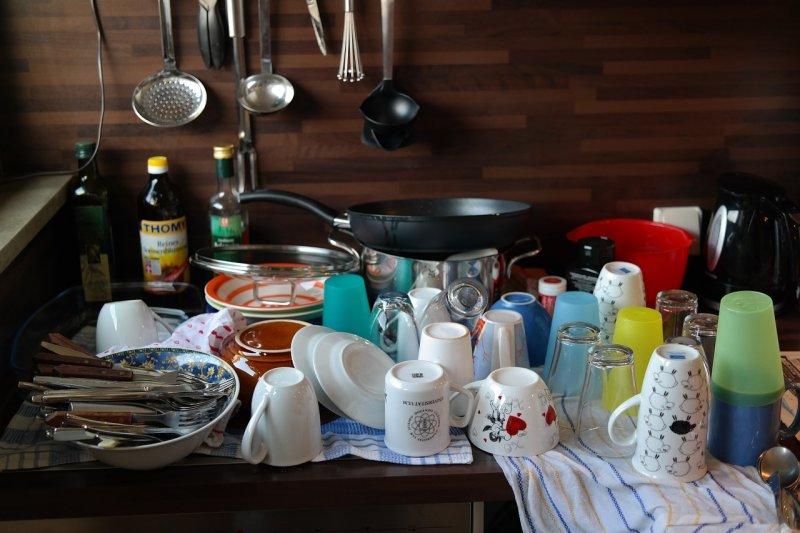 kuchyně, úklid, nádobí, pklid kuchyně, zbytečnosti