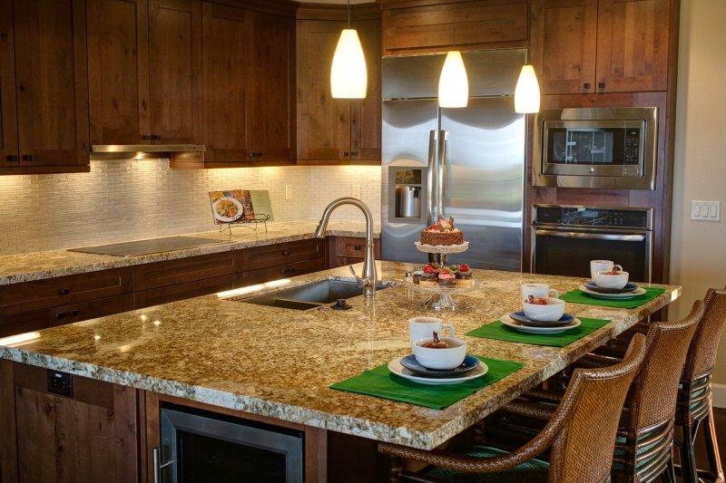 kuchyně, kuchyňská linka, bydlení, mramor, beton, dřevo