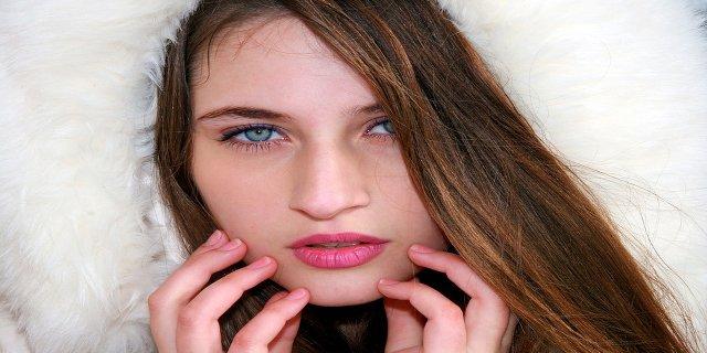 ženy, líčení, oční stíny, jak nanášet oční stíny, dekorativní kosmetika