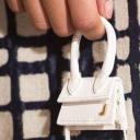 Co se nosí na podzim? Jděte do kostky, mikro kabelky a kotníčkových bot!