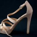 Sandály, které ladí ke každému oufitu a prodlužují nohy