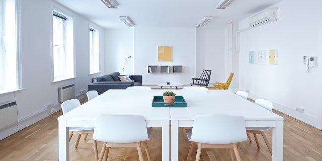 bílá barva, bydlení, nábytek