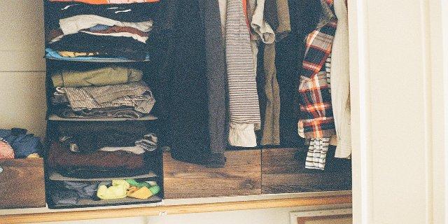 bydlení, nábytek, vestavěná skříň, úložné prostory