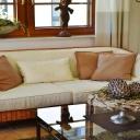 Jak zvětšit obývací pokoj a nebourat přitom stěny?