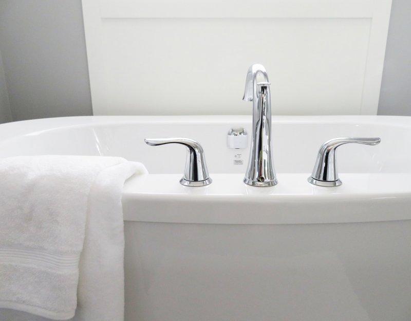 osobní hygiena, zdraví, voda, mytí rukou, koupel, sprchování, čištění zubů