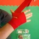 Jak uvázat bandáž na zápěstí - video