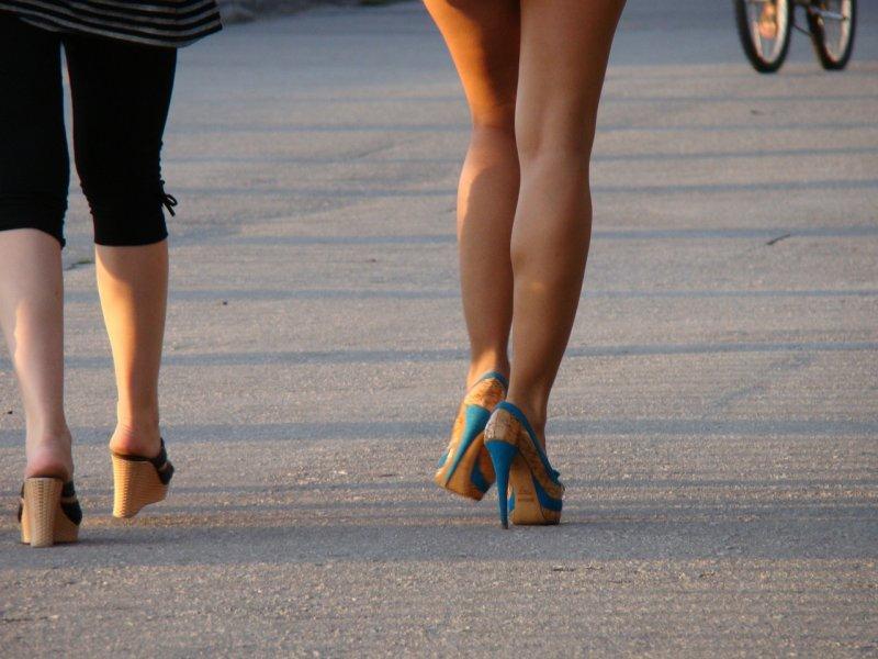 boty, obuv, chodidla, pohodné boty, haluxy, zdraví