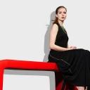 Sezení s překříženýma nohama deformuje páteř a způsobuje chronické bolesti