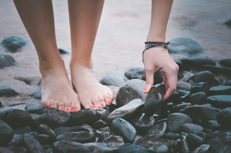 masáž nohou, oteklé nohy, Kneippovy lázně, koupele, esenciální oleje