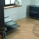 Nestárnoucí laminátové plovoucí podlahy v moderním kabátě