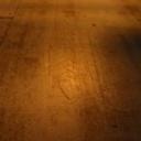 Podlaha z přírodního materiálu
