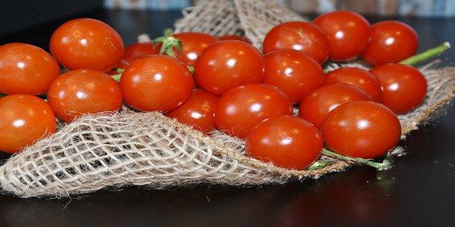 zdraví, neplodnost, rajčata, pomalé spermie, léčba neplodnosti