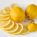Citrony posilují imunitu, brání stárnutí a růstu chloupků