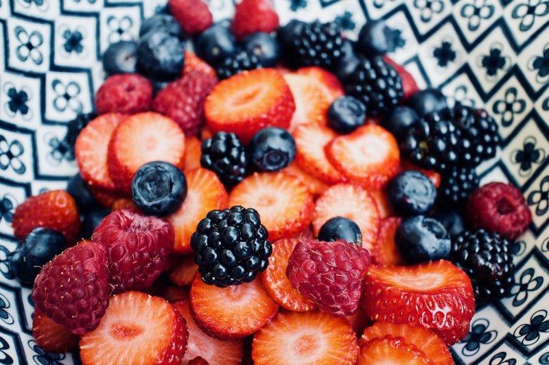 chudokrevnost, anemie, červené ovoce, zdraví, maso, červené maso, ořechy