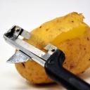 Jak odstranit odolné skvrny běžnými surovinami, které máte v domácnosti?