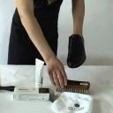 Ukážeme vám jak snadno a rychle si vyčistíte málo znečištěné boty z hladké kůže - video