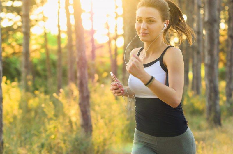 cvičení, zdraví, běh, aerobní cvičení, sport, formování postavy