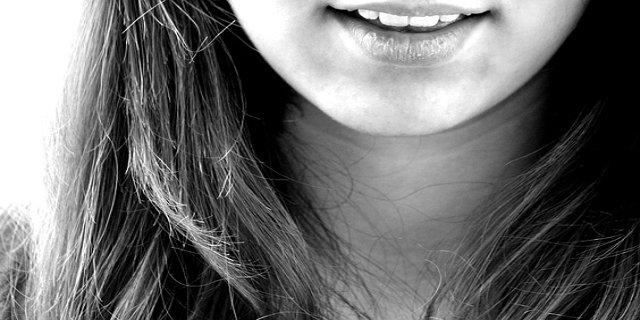 zdraví, bílé zuby, zářivý úsměv, oblečení, líčení