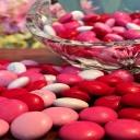 Děti si vynucují sladkosti a rodiče je jimi uplácí