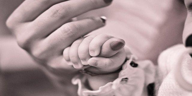 ženy, matky, mateřství, domácnost