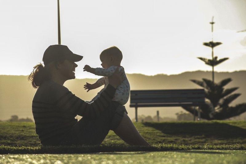 dítě, matka , rodina, výchova dítěte