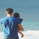 Muži by měli učit své děti zvládat emoce s chladnou hlavou
