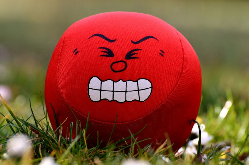 vztek, plivání, děti, rodiče, výchova dětí
