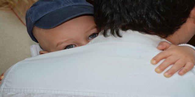 výchova dětí, dítě, týrání dítěte, syndrom třeseného dítěte, úrazy dětí, rodiče