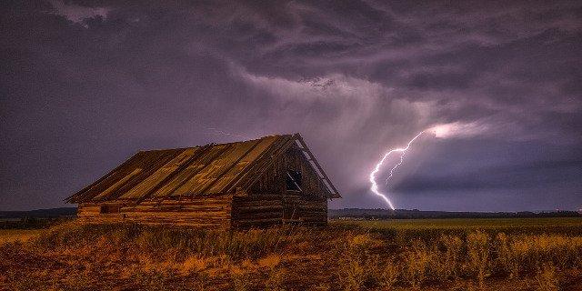 počasí, bouřky, nebezpečí, blesk, zdraví, úrazy, zasažení bleskem, příroda
