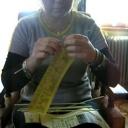 Pletení z papíru - motání ruliček z papíru - video
