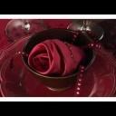 Jak poskládat ubrousek do tvaru růže - video