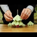 Jak si vyrobit vánoční dekoraci z papíru - vánoční stromeček - video