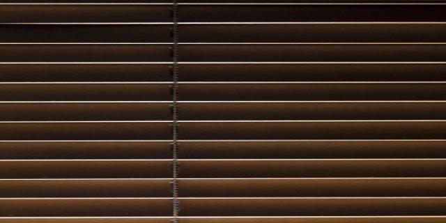 bydlení, okna, stínící technika, rolety, markýzy, žaluzie